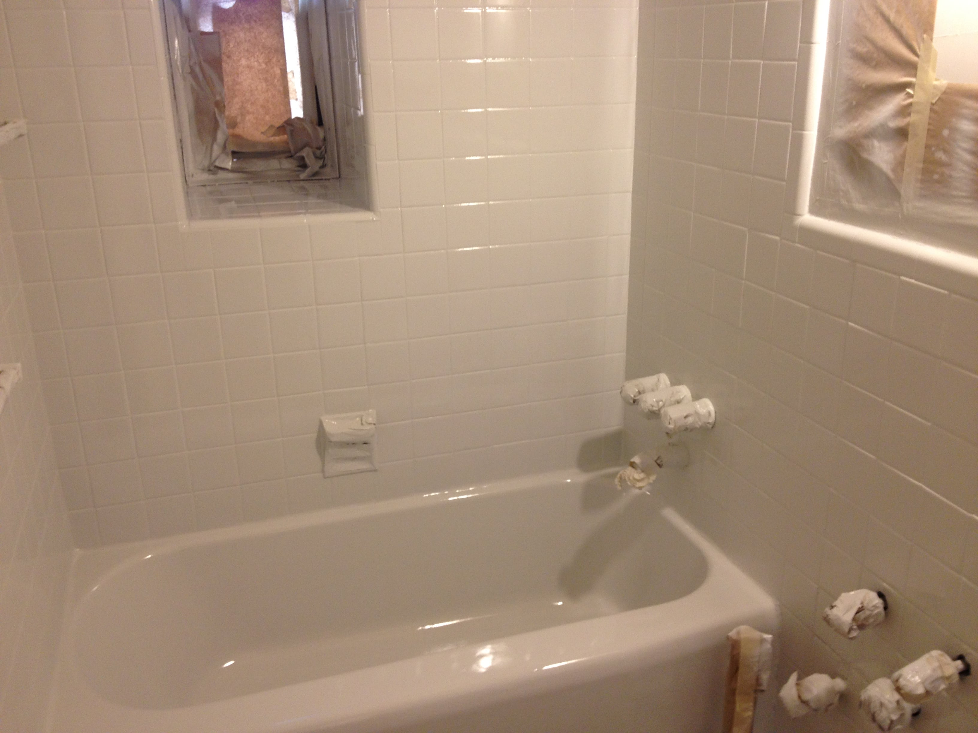 Tub And Tile Reglazing Process West Michigan | TubKote
